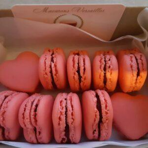 Box of 10 Heart Macarons