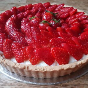 Strawberry Tart (serves 6 -8)